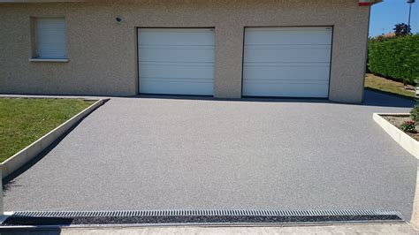 garage montpellier devanture de garage en moquette de marbre 224 montpellier