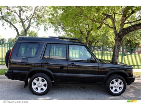 land rover discovery black 2004 java black 2004 land rover discovery hse exterior photo