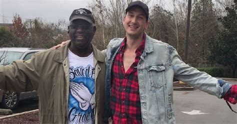 russell dickerson salvation army country singer and stranger take over salvation army kettle