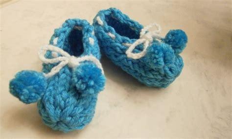 loom knit baby booties beginners loom knit booties loomahat