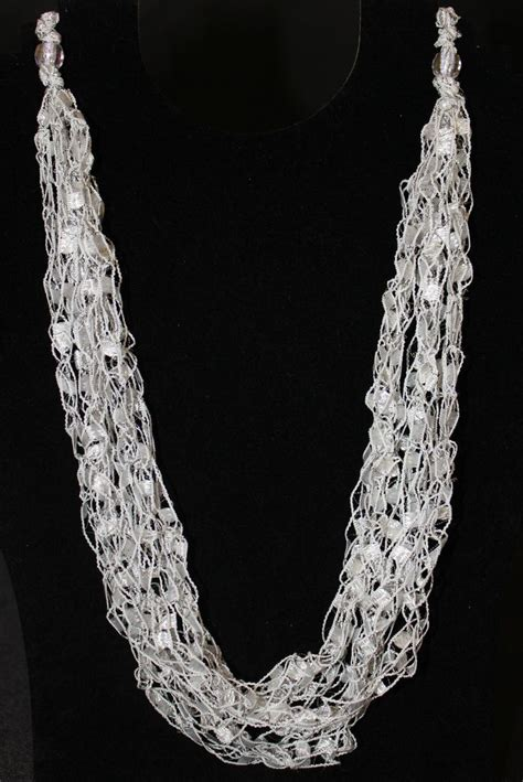 Pattern Ladder Yarn Necklace | pattern for crocheted yarn adjustable necklace ladder