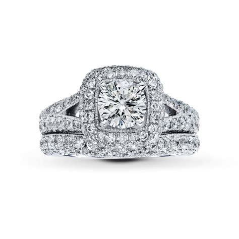fall in with these engagement rings from jared 174 the