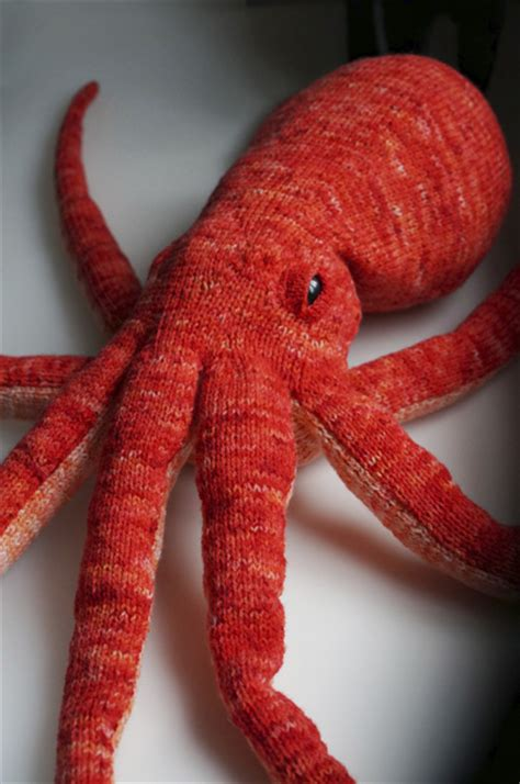 knitted octopus opus the octopus knitty fall 2014