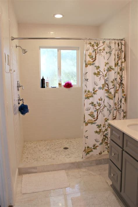 small bathroom curtains best 25 window in shower ideas on pinterest shower