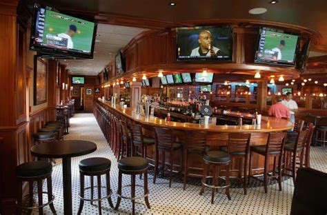 top sports bars in boston the top ten sports bars in the world