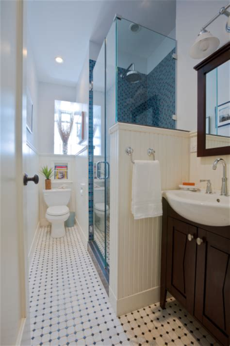 Decorating Ideas For Narrow Bathrooms Small Bathroom Decorating Ideas Decozilla