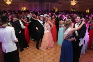 high school prom dance king and queen opinion why is prom on a friday pattonvilletoday