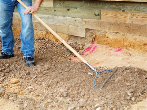 How To Build A Paver Patio Building A Paver Patio How Tos Diy