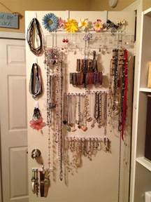 Closet Door Jewelry Organizer Diy The Door Jewelry Organizer Plus Command Hooks Command Hooks Diy Jewelry
