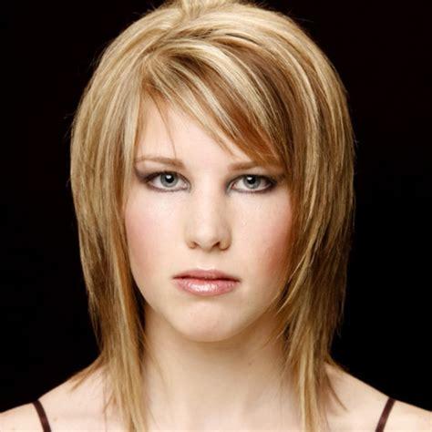 shoulder length side sweep bang haircuts for oblong face medium length haircuts with short side swept bangs