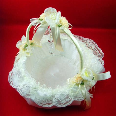 Flower Wedding Baskets by Wedding Flowers Wedding Flower Baskets