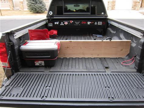 truck bed divider truck bed divider tech pinterest truck bed