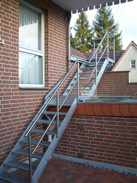 edelstahl treppe treppe edelstahl stahl verzinkt 2 treppen leistungen