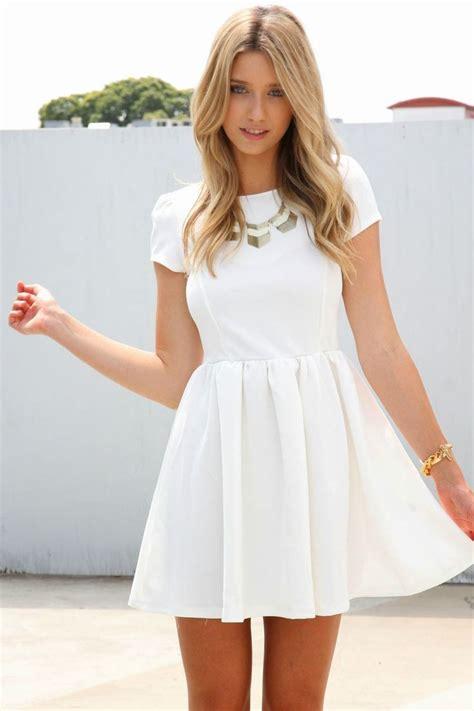 imagenes de jesus vestido de blanco las 25 mejores ideas sobre vestidos de fiesta juveniles en