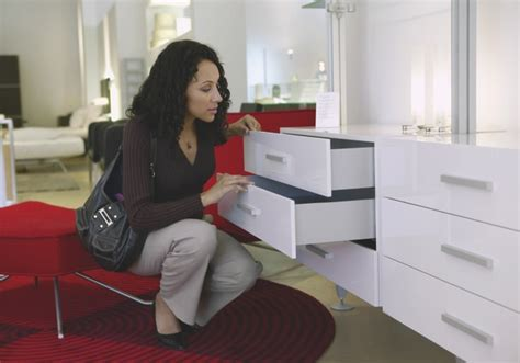 5 secrets to frugal furniture shopping sellcell