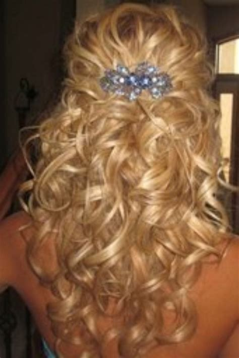 homecoming hairstyles for really curly hair down curly prom hairstyles