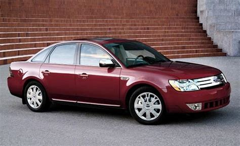Ford Five Hundred by Car And Driver