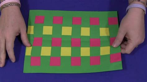 How To Make A Paper Weave - construction paper weaving