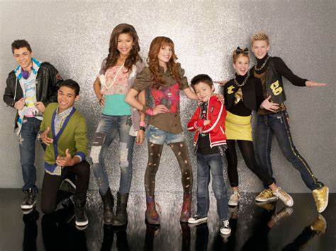 imagenes de shake it up girls stuff shake it up disney channel