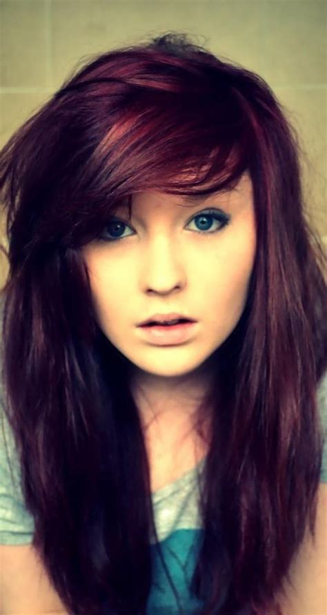 burgundy highlights on shag haircuts this article will highlight 25 perfect burgundy hair color