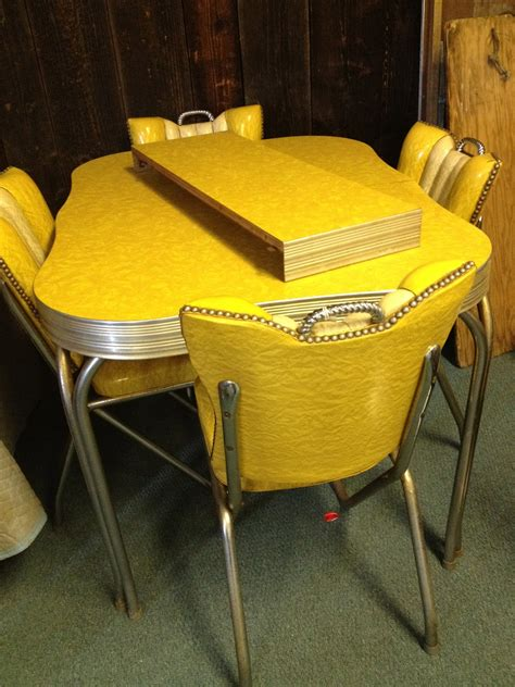1950s style retro dining set formica table 4 retro