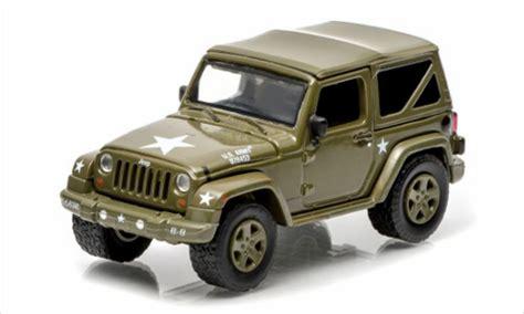 Miniatur Jeep Wrangler Unlimited Skala 64 jeep wrangler soft top us armee matt dunkeloliv 2014