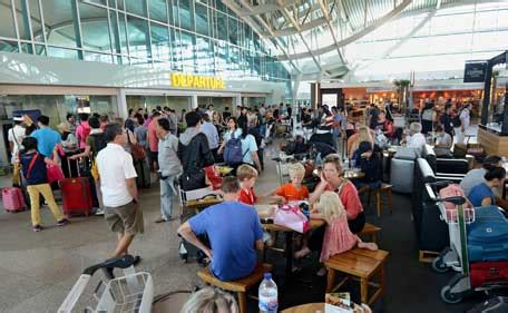 emirates terminal in jakarta bali airport closed uae flights affected emirates 24 7