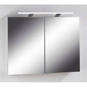 spiegelschrank beleuchtung bad spiegelschrank lirinas in wei 223 pharao24 de