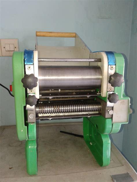 Bed Murah Jawa Timur mesin pembuat pangsit atau mesin cetak mie murah di madiun