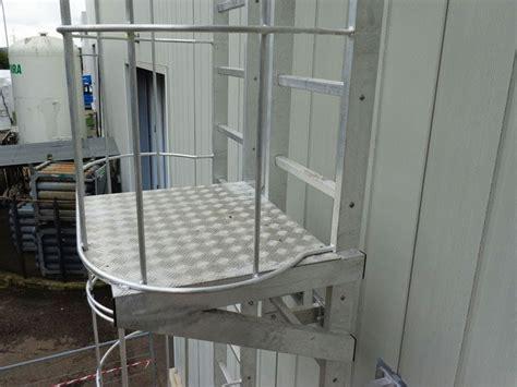altezza corrimano casa di cagna altezza parapetti scale