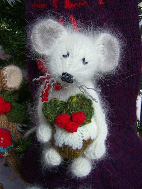 free knitting pattern xmas knitted christmas toys free patterns crochet and knit