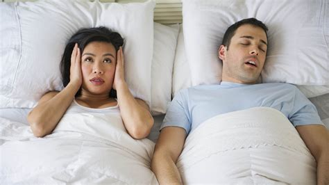 atemaussetzer im schlaf atemaussetzer im schlaf was hilft gegen schnarchen und ab