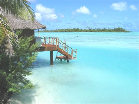 overwater bungalows cook islands aitutaki lagoon resort