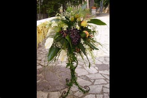 composizioni fiori matrimonio addobbi floreali matrimonio in chiesa fiorista fiori