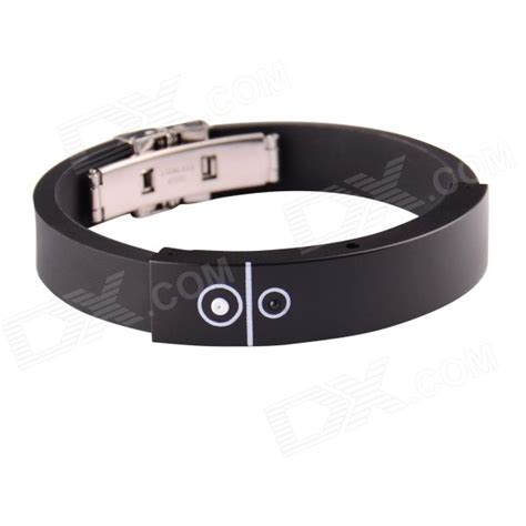 Vibrating Wristband Alerts You Of Incoming Calls Techie Divas Guide To Gadgets by Bluetooth Incoming Call Vibrate Alert Bracelet Black