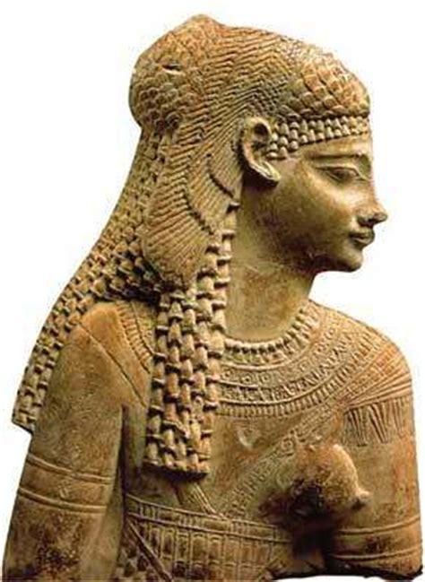 Biografia De Cleopatra Reina De Egipto Sus Amores Historia | biograf 237 a de cleopatra reina de egipto sus amores historia