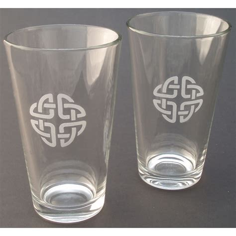 Mixing Glasses Barware Pair Mixing Glasses Etched Celtic Knot The Robert
