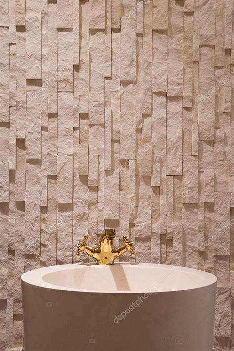stock rubinetti lavandino rubinetti rubinetti oro pareti pavimenti