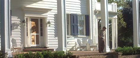 the notebook house the notebook noah s house with the blue shutters hooked on houses