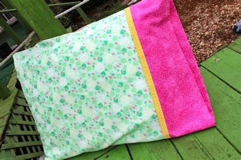pillowcase pattern pinterest easy pillowcase diy video tutorial sewing pinterest