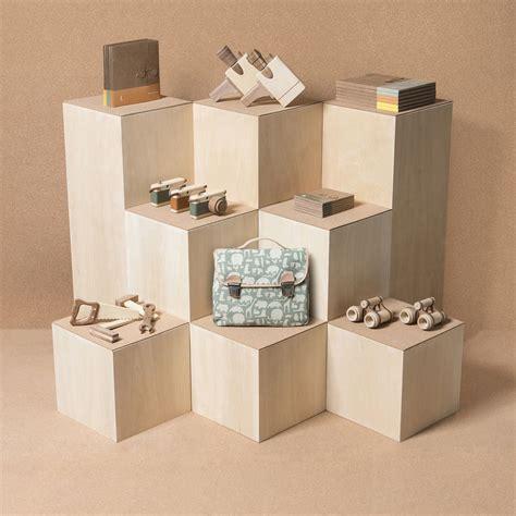 modern display by toys craft markets - Modern Photo Display