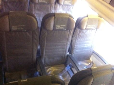icelandair economy comfort iceland air economy comfort 28 images guest review