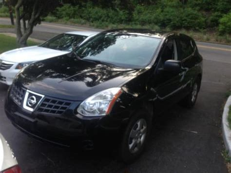 black nissan rogue 2010 buy used 2010 nissan rogue awd black on black red