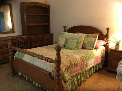 young hinkle bedroom furniture young and hinkle charter oak bedroom set my antique
