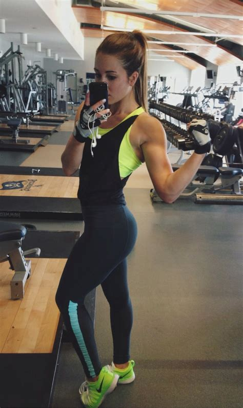 imagenes tumblr fitness me fitblr fitspo nike fit fitness muscle progress selfie