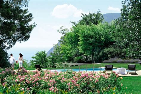 giardini conero villa sul conero con giardino e piscina a sfioro sul mare