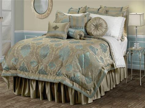 gallery for gt light blue and gold bedroom 20 deluxe blue and gold bedroom designs