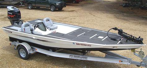 gator trax boats strike series insight into gator trax strike series aluminum bass boats