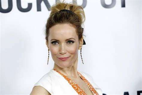 leslie mann memes the gallery for gt leslie mann this is 40 hot