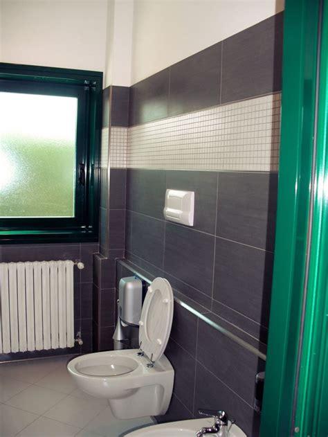 rivestimenti bagno mosaico bisazza le 25 migliori idee su bagno con mosaico su